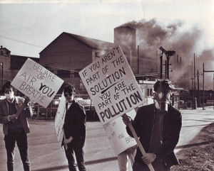 First-Earth-Day-solutionpollution